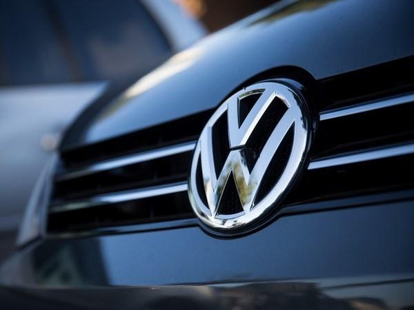 Trien lam xe hoi Detroit: Ford va Volkswagen chua voi