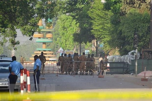Burkina Faso: Phan tu Hoi giao tan cong truong hoc, giet 5 giao vien hinh anh 1