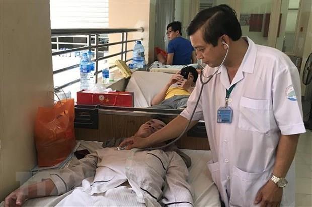 Quang Tri: Kiem soat, khong de benh sot xuat huyet lan rong hinh anh 1