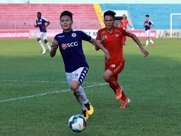 V.League 2019: Tang toc dong loat o cac doi top dau va cuoi hinh anh 1