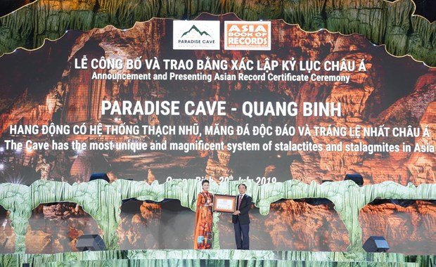 Dong Thien Duong: Kham pha vuon dia dang noi tran gian hinh anh 1
