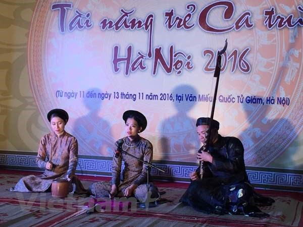 Ha Noi: Diem sang ve bao ton di san van hoa phi vat the ca tru hinh anh 3