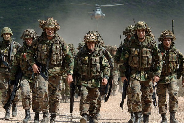 NATO tien hanh mot loat cuoc tap tran quan su o chau Au hinh anh 1