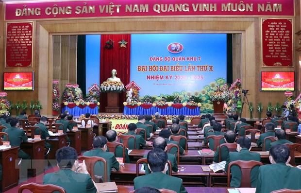 Khai mac Dai hoi dai bieu Dang bo Quan khu 7 lan thu X hinh anh 2