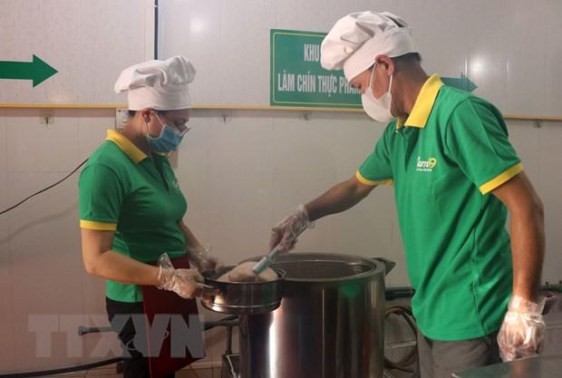 [Photo] Cac cong doan lam mon nem thinh - dac san Bac Ninh hinh anh 2