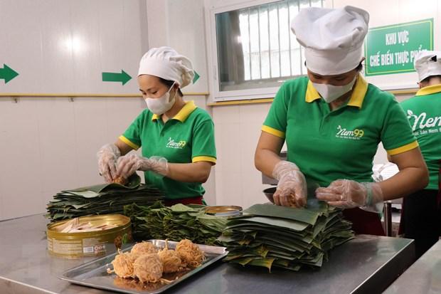 [Photo] Cac cong doan lam mon nem thinh - dac san Bac Ninh hinh anh 5