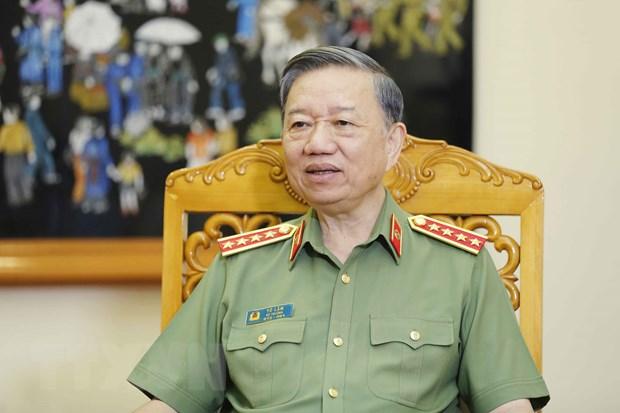 Bo truong To Lam: Luc luong Cong an da gan dan hon, bam sat co so hon hinh anh 1