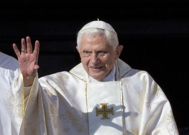 Giao hoang danh du Benedict XVI la giao hoang cao tuoi nhat hinh anh 1