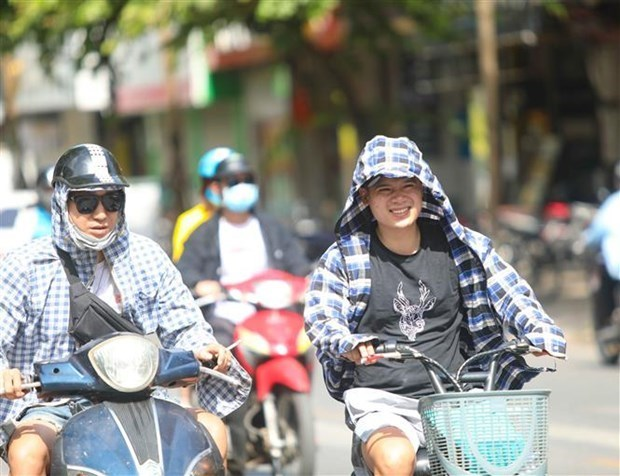 Quang Binh den Phu Yen nang nong, tia cuc tim gay hai o muc rat cao hinh anh 1