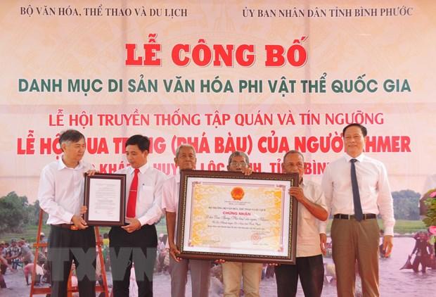 Pha Bau - Le hoi dien xuong doc dao dam chat van hoa Khmer hinh anh 1