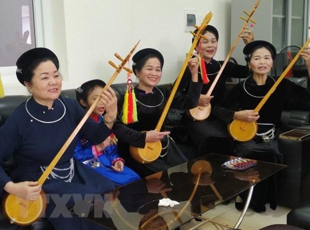 """Nguoi """"giu lua"""" nghe thuat hat Then, dan Tinh o Cao Bang hinh anh 1"""