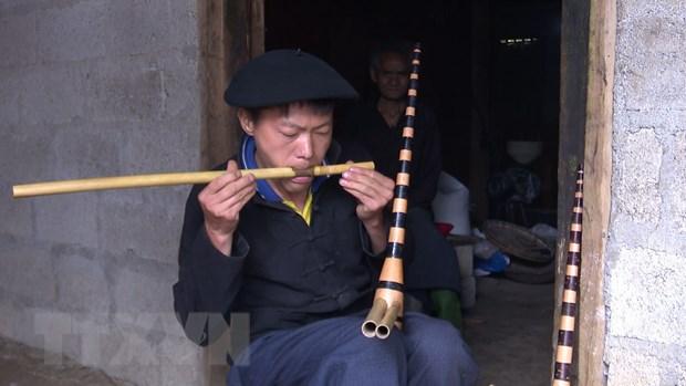 No luc bao ton cay khen Mong tren cao nguyen da Ha Giang hinh anh 3