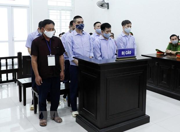"""Xet xu 4 bi cao nguyen Thanh tra Giao thong bao ke logo """"xe vua"""" hinh anh 1"""