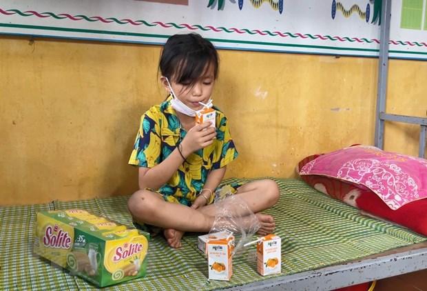 "Dien Bien: Ngay Tet Thieu nhi am ap trong ""tam dich"" Nam Po hinh anh 1"