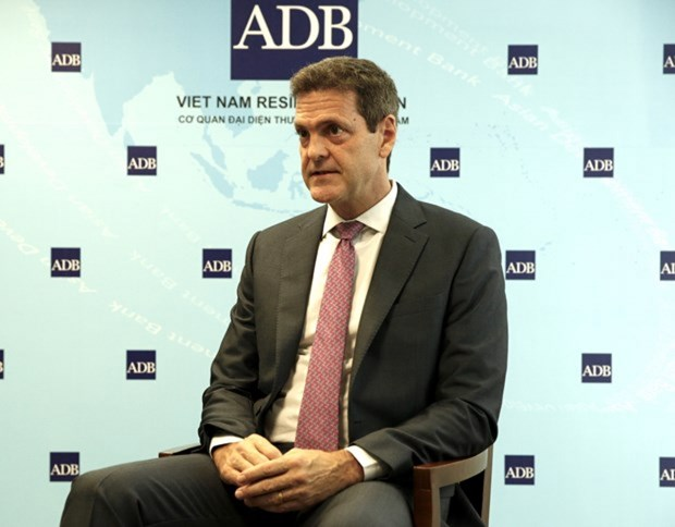 ADB: Viet Nam co the thuc hien duoc muc tieu kep trong nam 2021 hinh anh 2