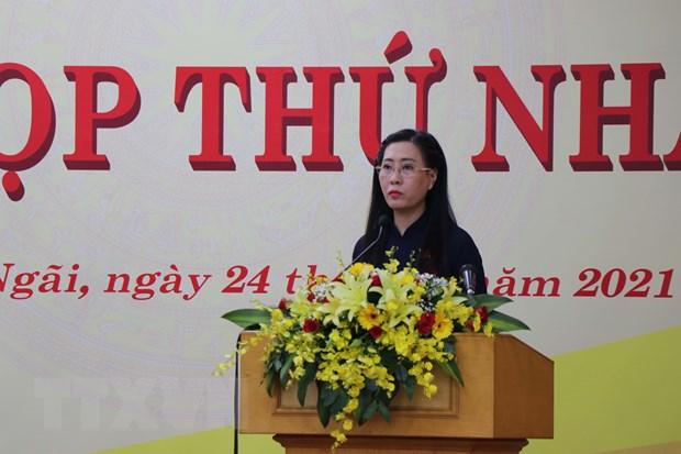 Ba Bui Thi Quynh Van tiep tuc giu chuc Chu tich HDND tinh Quang Ngai hinh anh 1