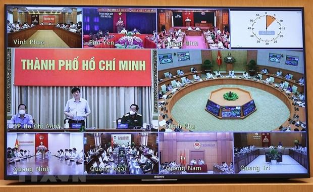 Thu tuong Pham Minh Chinh: Khong de khung hoang y te, khung hoang KTXH hinh anh 2
