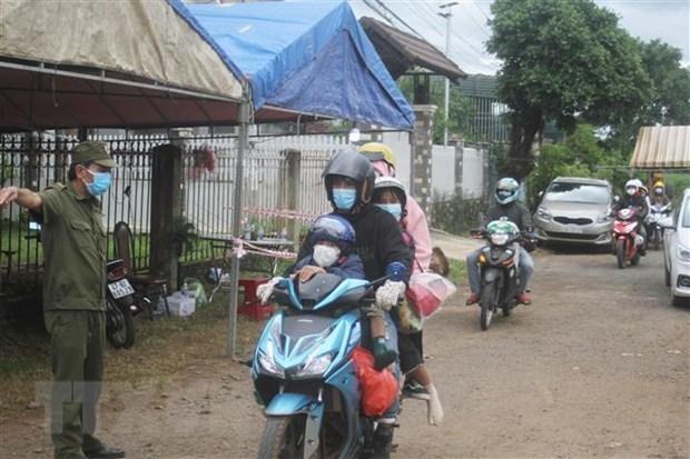 Soc Trang: Nguoi dan canh giac khong bi loi keo ve que bang xe may hinh anh 1