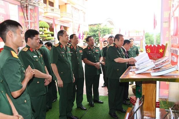 Dai tuong Phung Quang Thanh - vi tuong tai, tron nghia ven tinh hinh anh 2