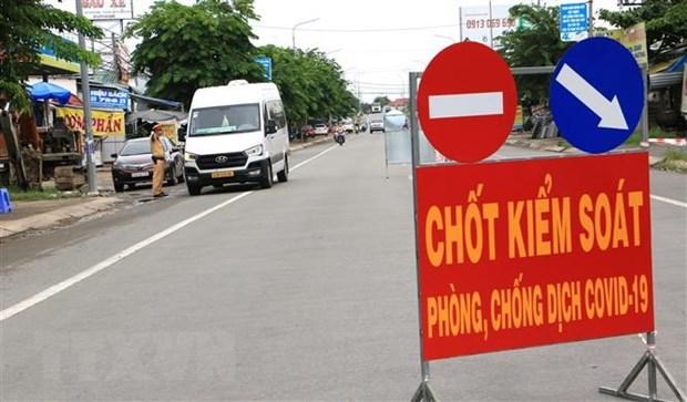 Binh Thuan: Tam dinh chi Chu tich UBND phuong do so ca COVID-19 tang hinh anh 1