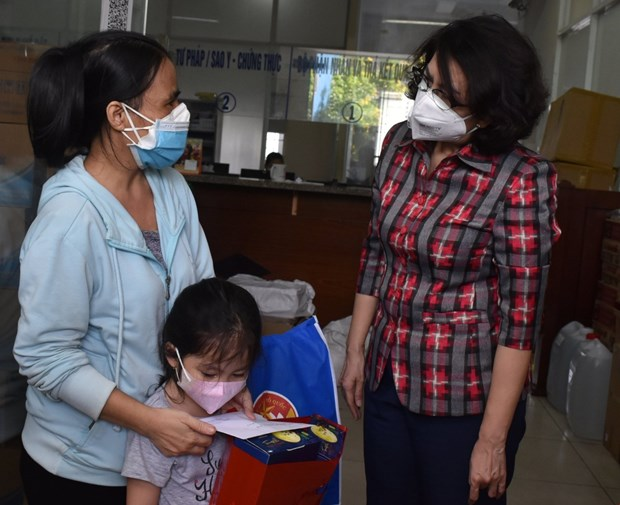 UNICEF danh gia cao Viet Nam uu tien cham soc tre mo coi do COVID-19 hinh anh 1