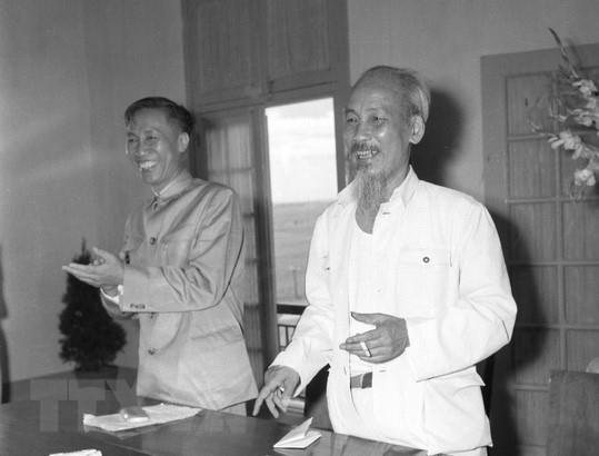 Le Duc Tho - Nha lanh dao tai nang cua cach mang Viet Nam hinh anh 3