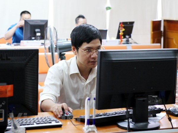 Thi truong dieu chinh, VN-Index lui ve sat moc 890 diem hinh anh 1