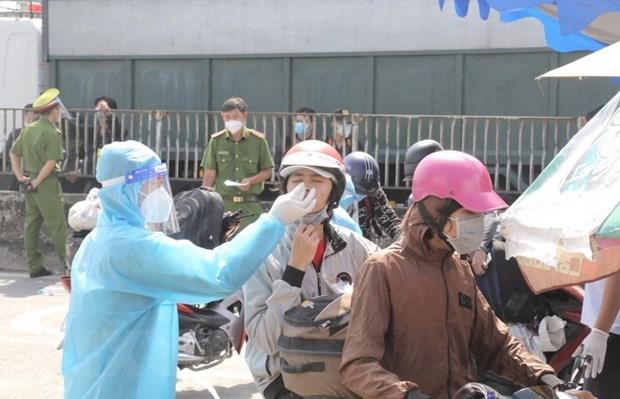 Bo Tai chinh phan hoi dua san pham test nhanh COVID-19 vao binh on gia hinh anh 1