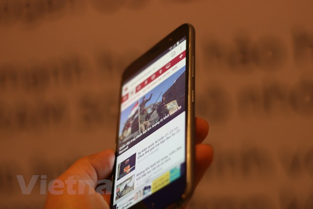 FPT dua smartphone dau tien cua ZUK ve thi truong Viet Nam hinh anh 6