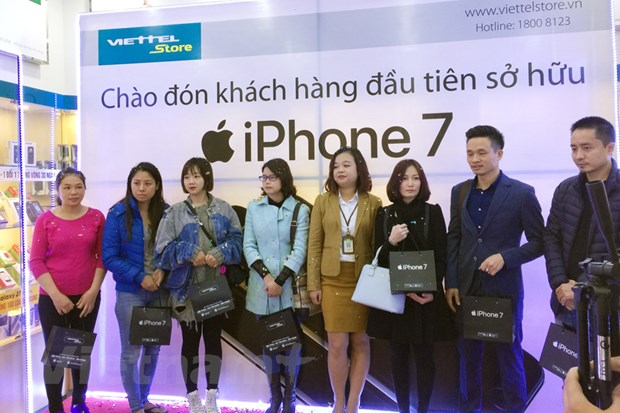 iPhone 7, iPhone 7S chinh hang den tay nguoi tieu dung Viet Nam hinh anh 1