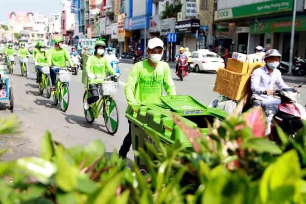 Viet Nam Tai che se thu gom rac thai dien tu tan nha tai Ha Noi hinh anh 1