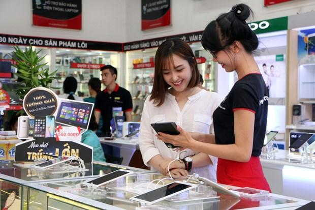 FPT Retail dat muc tieu tang gan 20% doanh thu giai doan 2018 - 2020 hinh anh 1