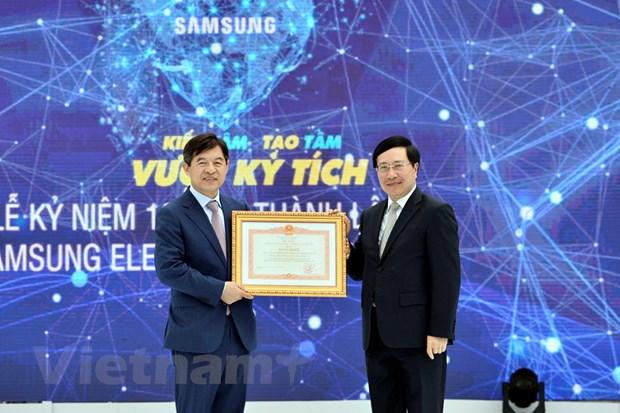 Tong dau tu cua Samsung tai Viet Nam tang 26 lan trong 10 nam hinh anh 1