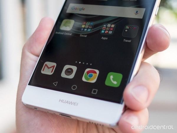 Dien thoai Huawei dinh lo hong bao mat, nguy co bi hacker tan cong hinh anh 1