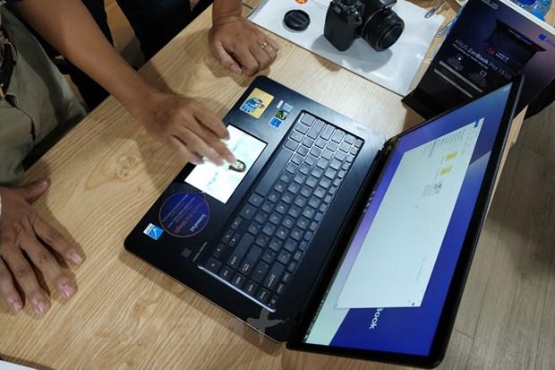 Can canh laptop ZenBook Pro, gia cao 'ngat nguong' cua ASUS hinh anh 3