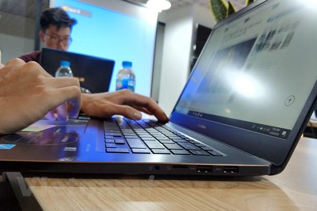 Can canh laptop ZenBook Pro, gia cao 'ngat nguong' cua ASUS hinh anh 4
