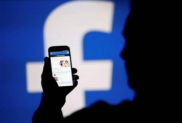 Facebook chinh thuc xin loi ve viec 'dua' Hoang Sa sang Trung Quoc hinh anh 1