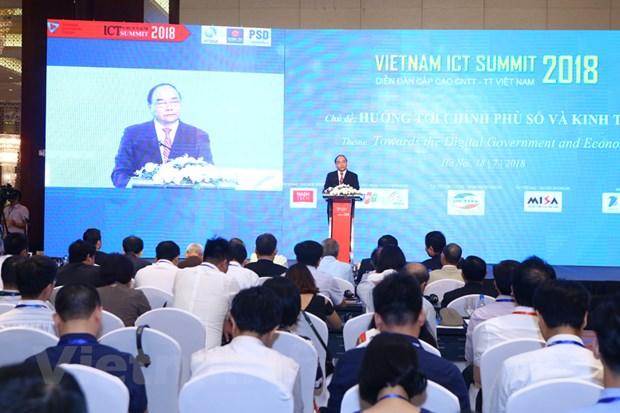 ICT Summit: Sau thong diep quan trong huong toi Chinh phu so hinh anh 1