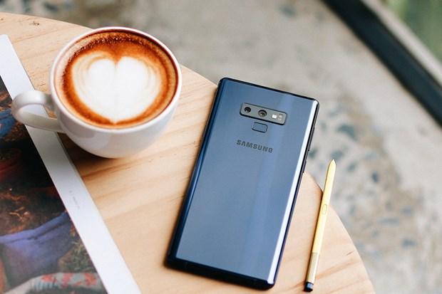 Galaxy Note 9 chinh hang len ke, ban Ocean Blue duoc ua chuong hinh anh 1