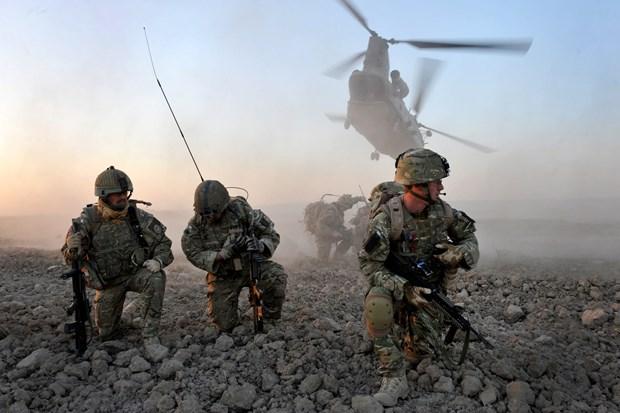 NATO quyet dinh khoi phuc co che doi thoai chinh tri voi Nga hinh anh 2