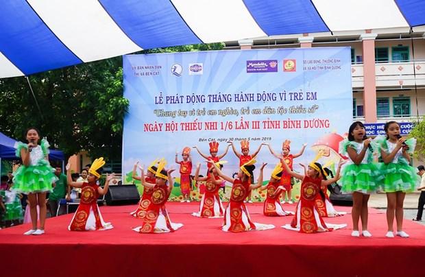 Tan Hiep Phat mang niem vui den hang tram tre em o Binh Duong hinh anh 1