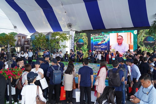 Khai mac trien lam Bat dong san an tuong - Novaland Expo 2019 hinh anh 4