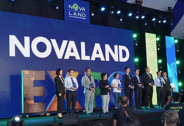 Khai mac trien lam Bat dong san an tuong - Novaland Expo 2019 hinh anh 2