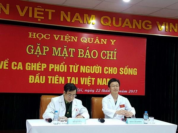 Viet Nam thuc hien thanh cong ca ghep phoi tu nguoi cho song dau tien hinh anh 1