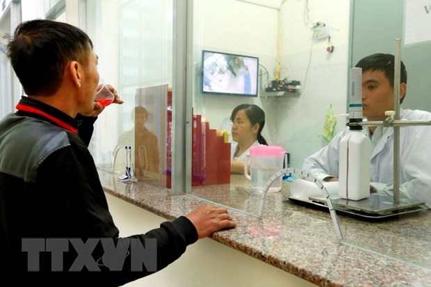 Ban hanh thong tu ve ho tro chi tra thuoc khang HIV voi nguoi co BHYT hinh anh 1