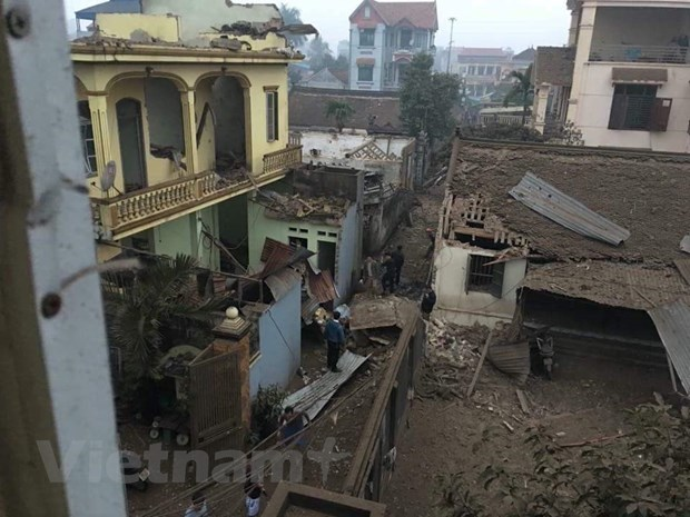 [Photo]: Hien truong vu no lam 9 nguoi thuong vong o Bac Ninh hinh anh 14