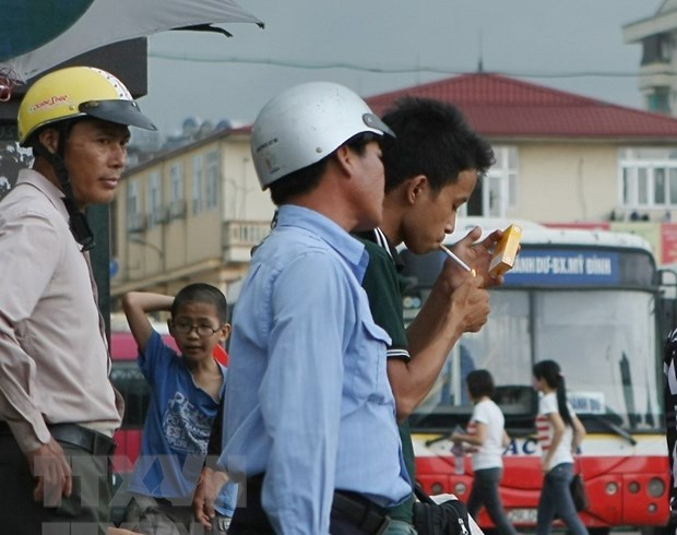 Tren 20 trieu nam gioi Viet Nam hut thuoc, dung thu 3 ASEAN hinh anh 1