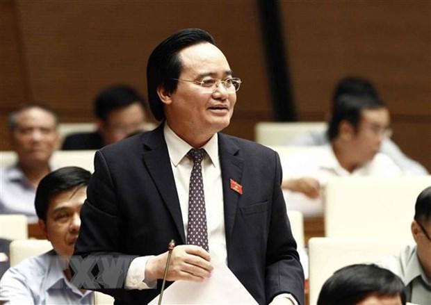 Bo truong Phung Xuan Nha nhan trach nhiem de lang phi sach giao khoa hinh anh 1