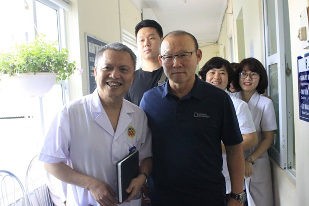 HLV Park Hang-seo duoc moi lam dai su chuong trinh Suc khoe Viet Nam hinh anh 2