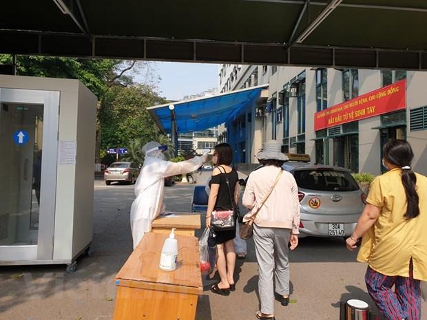 [Photo] Kiem soat phong chong dich chat che tai Benh vien Huu Nghi hinh anh 10